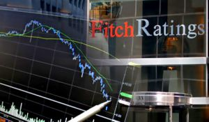 Fitch Ratings: инвесторы упускают $500 млрд в год